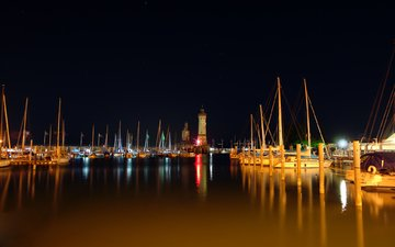 ночь, маяк, лодки, катер