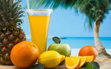 небо, море, песок, фрукты, бокал, лимон, пальма, апельсин, яблоко, трубочка, ананас, сок, аппетитно