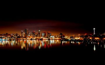 вода, ночной город