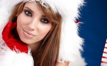 девушка, улыбка, взгляд, модель, волосы, лицо, шапка, макияж, праздник, перчатка, шатенка, izabela magier
