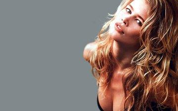 девушка, блондинка, портрет, взгляд, модель, лицо, длинные волосы, декольте, клаудия шиффер, блодинка