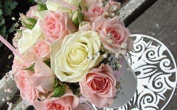 gorshok, rozovye, rozy, buket