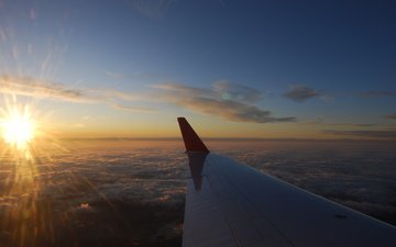 the plane, nebo, elevation, solnce, krylo, oblaka