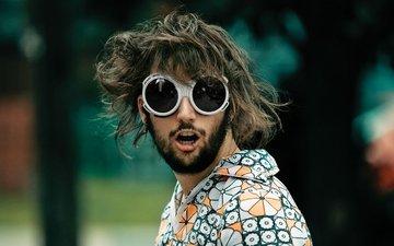 парень, очки, волосы, губы, лицо, мужчина, пирсинг, крик, фотограф benoit paille