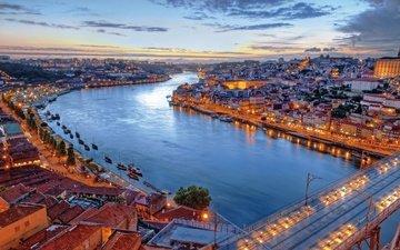 огни, вечер, река, корабли, мост, дома, здания, португалия, лиссабон