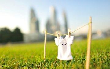 трава, солнце, улыбка, лето, футболка, смайлик