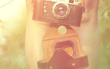 девушка, trava, solnce, fotoapparat, nogi, fotik, дощечка