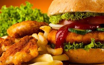 еда, гамбургер, лук, салат, бургер, огурец, фастфуд, картофель фри, макдональдс, булочка с кунжутом, филе курицы, панировка, куриные наггетсы