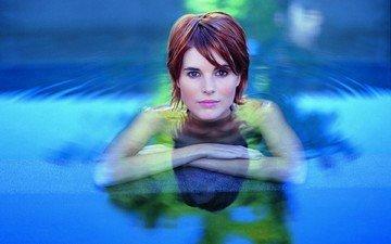 вода, девушка, лицо, голубые глаза, короткие волосы, шатенка