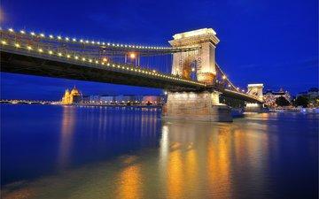 ночь, фонари, огни, вода, река, отражение, мост, венгрия, будапешт, дунай, цепной мост сечени