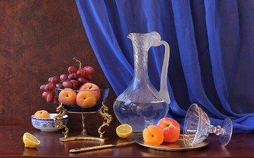 виноград, фрукты, лимон, натюрморт, графин, абрикосы, рюмка