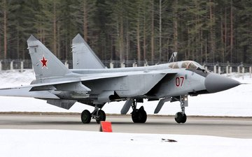 foxhound, fighter-interceptor, the mig-31