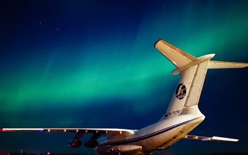 night, the plane, northern lights, il-76td