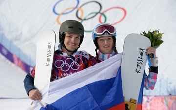 medal, olympics, pair, family, snowboarders, sochi 2014, alena zavarzina, victor wilde, medalists, gold, bronze, parallel giant slalom