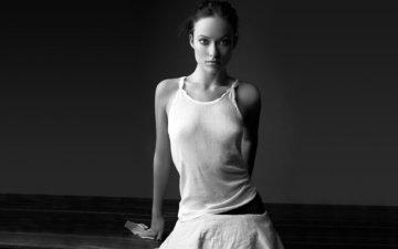 монохром, женщин, nipples through clothing, оливия yайлд, aктриса