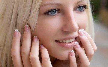глаза, девушка, блондинка, улыбка, лицо, красивое лицо, красивой девушки, (блондинки) крупным планом