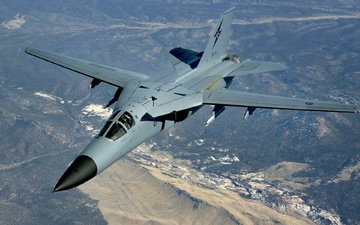 double, general dynamics f-111