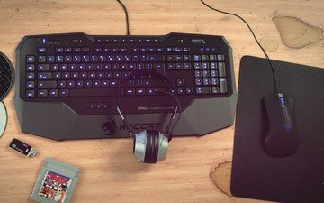 gaming keyboard, mouse and headset