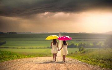 дорога, тучи, дети, девочки, зонты, простор