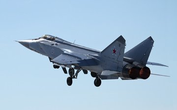 fighter, the mig-31, double