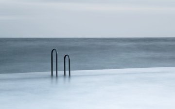 water, minimalism, railings