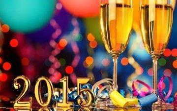 новый год, бокалы, праздник, шампанское, торжество, серпантин, встреча нового года, 2015 год, довольная