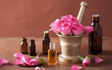 розы, лепестки, розовые цветы, натюрморт