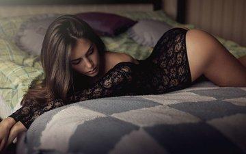 девушка, белье, попка, клумбы, brunettes, женщин, соблазнительная фигура, модель на кровати