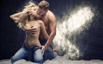 девушка, парень, джинсы, любовь, поцелуй
