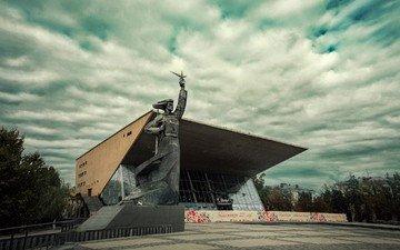 небо, облака, памятник, скульптуры, аврора, памятники, кинотеатр, арт-объекты, краснодар