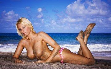 девушка, блондинка, взгляд, модель, грудь, каблуки, красотка, gевочка, сексапильная