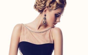 девушка, платье, блондинка, модель, профиль, макияж, прическа, сёрьги, шея