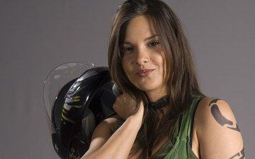 девушка, улыбка, взгляд, шлем