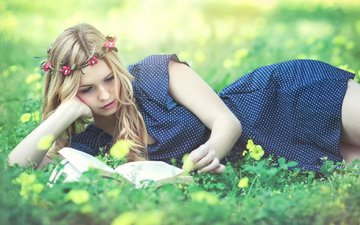 девушка, блондинка, модель, венок, книга, кери рут гарсия