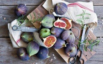 доска, фрукты, салфетка, ножницы, инжир