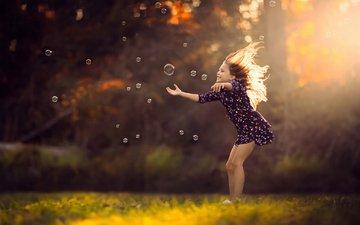 платье, девочка, мыльные пузыри, солнечный свет