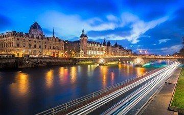 дорога, огни, вечер, река, мост, замок, город, париж, франция, выдержка, франци, la conciergerie, palais de justice, консьержери, дворец правосудия