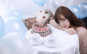 девушка, спит, праздник, торт, воздушные шарики