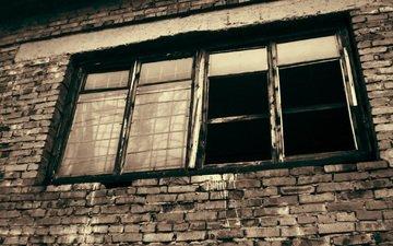здание, окно, решетка, кирпичная стена