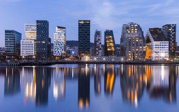 огни, вода, вечер, отражение, небоскребы, норвегия, городской пейзаж, осло, mats anda