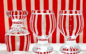 полосы, красные, белые, стекло, посуда, бокалы, прозрачные