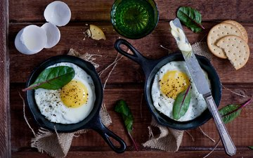 зелень, завтрак, яйца, нож, печенье, натюрморт, крекеры, яичница, anna verdina