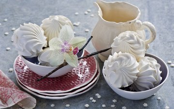 цветок, белый, звездочки, тарелки, кувшин, сладкое, орхидея, десерт, зефир, ванильный, натюрморт, anna verdina, мисочки