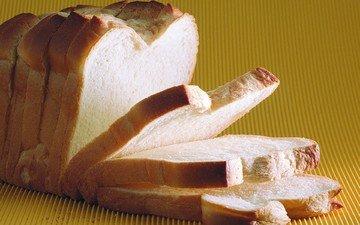 хлеб, желтый фон, выпечка, нарезка