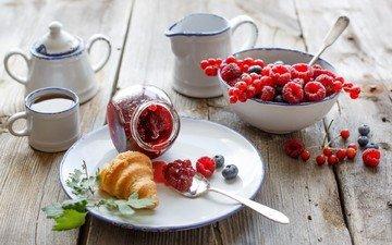 малина, джем, ягоды, черника, чай, завтрак, посуда, выпечка, смородина, круассан, рогалик, варенье