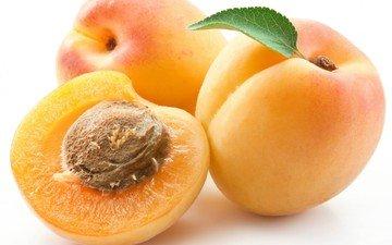 фрукты, белый фон, листик, разрез, косточка, абрикосы