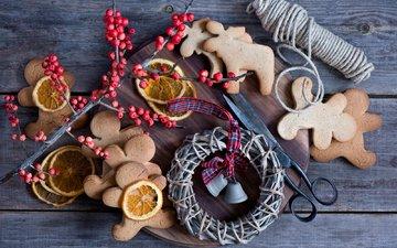 зима, доска, еда, апельсины, фигурки, венок, печенье, выпечка, ножницы, натюрморт, нитки, печеньки