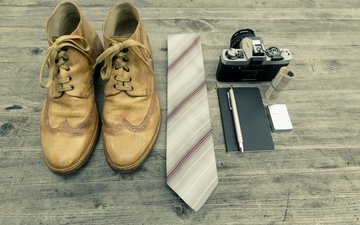 handle, photo, the camera, travel, lighter, photographer, money, fashion, tie, shoes, notepad, set, hipster, markus spiske, neourban