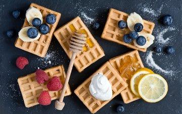 малина, фрукты, лимон, ягоды, черника, выпечка, банан, вафли