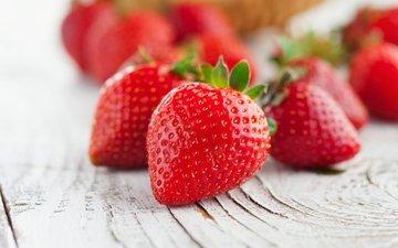 красная, клубника, спелая, ягоды, лесные ягоды, краcный, парное, сладенько